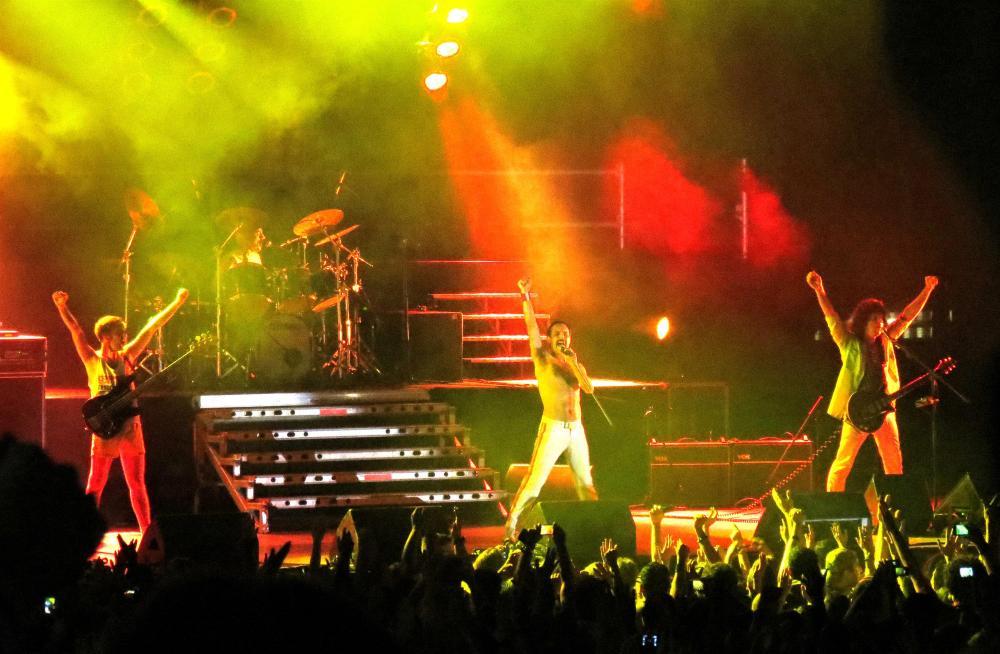 """""""Dios Salve a la Reina"""", uno de los mejores tributos a Queen, contagió con su magia a los asistentes al concierto el pasado sábado en el diario El Naciona"""